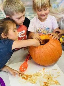 iLEAD Agua Dulce pumpkin carving