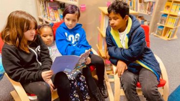 iLEAD Agua Dulce Students Reading